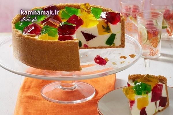 طرز تهیه چیز کیک با ژله خرده شیشه